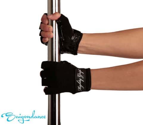 Cách hạn chế các vết thâm khi học múa cột