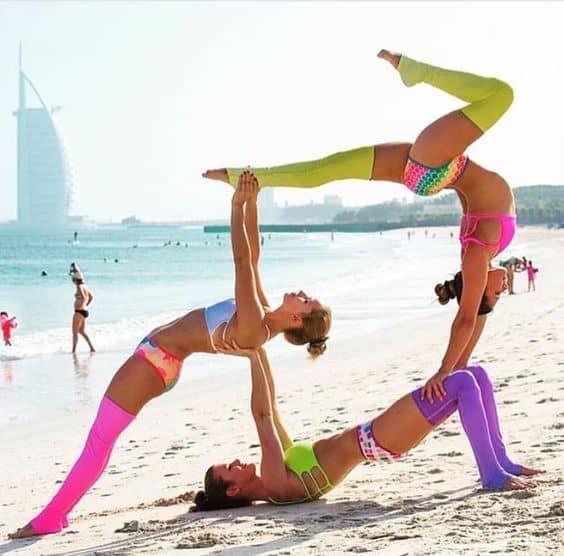5 Lý Do Bạn Nên Rủ Ngay Hội Bạn Thân Tập Yoga 5