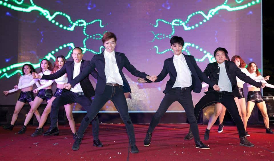 Nhảy Hiện Đại 2