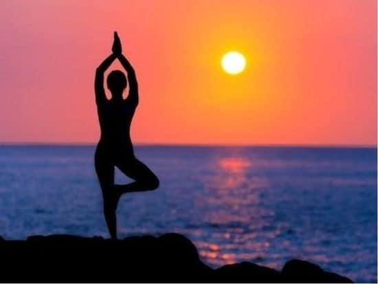 Yoga Là Gì? 1
